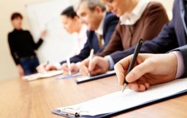Quand l'employeur, l'employé ou les deux à la fois décident de mettre en place une formation professionnelle continue, plusieurs paramètres sont à prendre en compte. Outre la définition du besoin des deux parties et principalement de l'entreprise et les aspects financiers de la formation, il faut penser aux prestataires à choisir. De nombreux organismes partagent […]