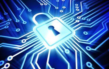 Avec la multiplication des pirates informatiques, la cybersécurité est devenue une véritable source de préoccupation des entreprises de tous les secteurs. Si auparavant, ce sont surtout les banques et les assurances qui étaient les cibles des hackers, aujourd'hui, ils s'attaquent à presque tous les domaines : télécommunication, réseau ferroviaire, etc. Selon une étude, la moitié […]