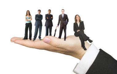 Créer une entreprise représente de nombreuses contraintes, surtout financières et administratives. Si vous voulez exercer une prestation de service comme une formation, une expertise ou encore une consultance, devenir salarié porté peut être très avantageux. Cela vous épargne toutes les démarches de création d'entreprise en commençant immédiatement votre activité. Qui plus est, vous pouvez à […]