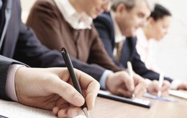 Un plan de formation est une stratégie incluant la programmation et la prévision méthodologique d'une entreprise. Il consiste à l'aider à étudier les répercussions de la politique interne mises en place par l'entreprise auprès de ses employés, notamment sur la compétence de ces derniers. Les plans de cours et les guides pour le formateur en […]