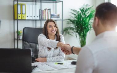 L'organisation de formation en entreprise a lieu après concertation entre le formateur et le responsable des ressources humaines. Cette rencontre est essentielle pour rapprocher le planning établi par le commanditaire avec ceux proposés par le formateur. En effet, celui-ci doit être à même de s'adapter avec les besoins de son client, c'est pourquoi il doit […]