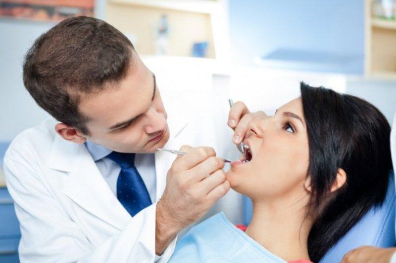 Devenir dentiste : un métier d'avenir