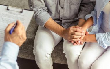 Un sexologue, que ce soit un médecin professionnel ou non, a pour principal rôle d'aider les gens qui ont besoin d'informations et de conseils sur la sexualité, notamment sur les troubles sexuels. De ce fait, tout le monde peut devenir sexologue, il suffit d'avoir de bonnes connaissances en la matière. D'ailleurs, le métier de sexologue […]